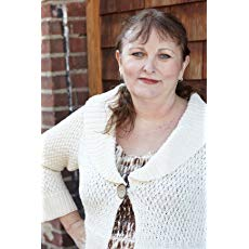 Picture of the author Lynn Cahoon